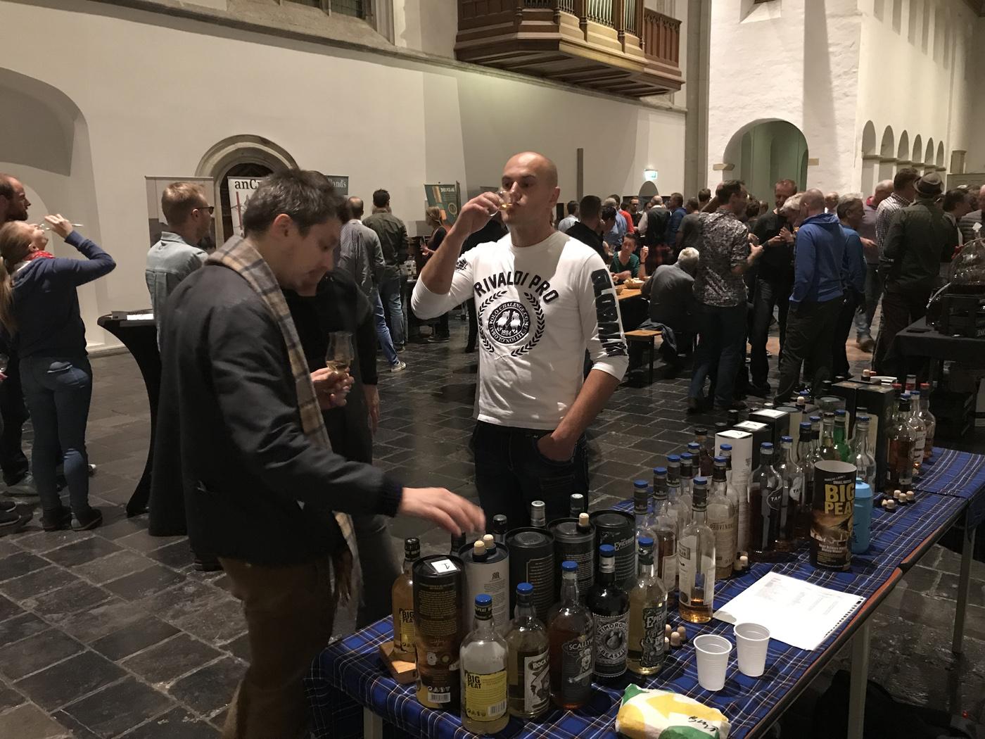 Whisky Festival Mitra Rialto in de Janskerk te Utrecht