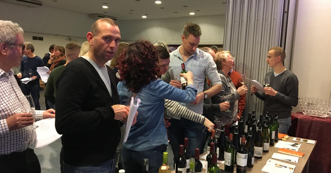 Wijnen Lorgeril, Alvi's Drift en Viña Ventisquero waren te proeven op jaarlijkse wijnproeverij in Den Hoorn
