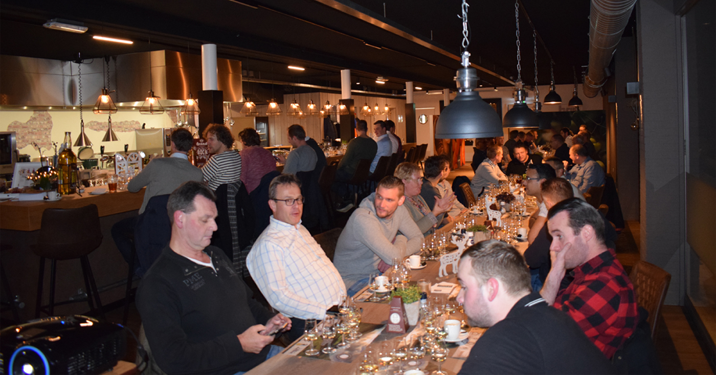 Warm welkom voor whisky's Douglas Laing bij Whisky Nosing & Tasting Slijterij van Schaik in Maarssen