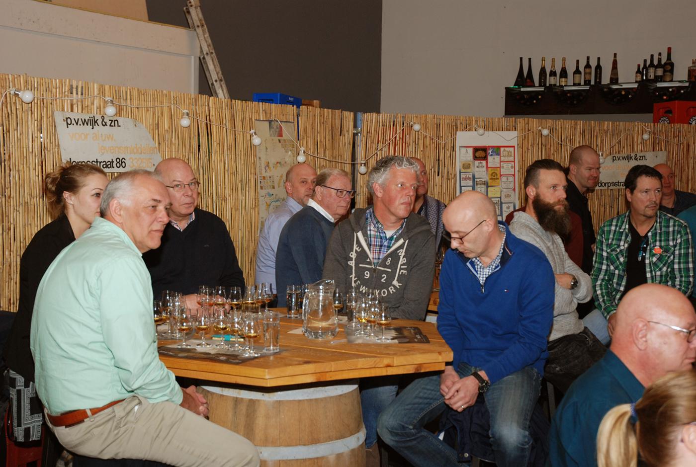 Mars Cosmo uit Japanse Alpen valt in de smaak op whisky tasting Slijterij De Bodega uit Capelle