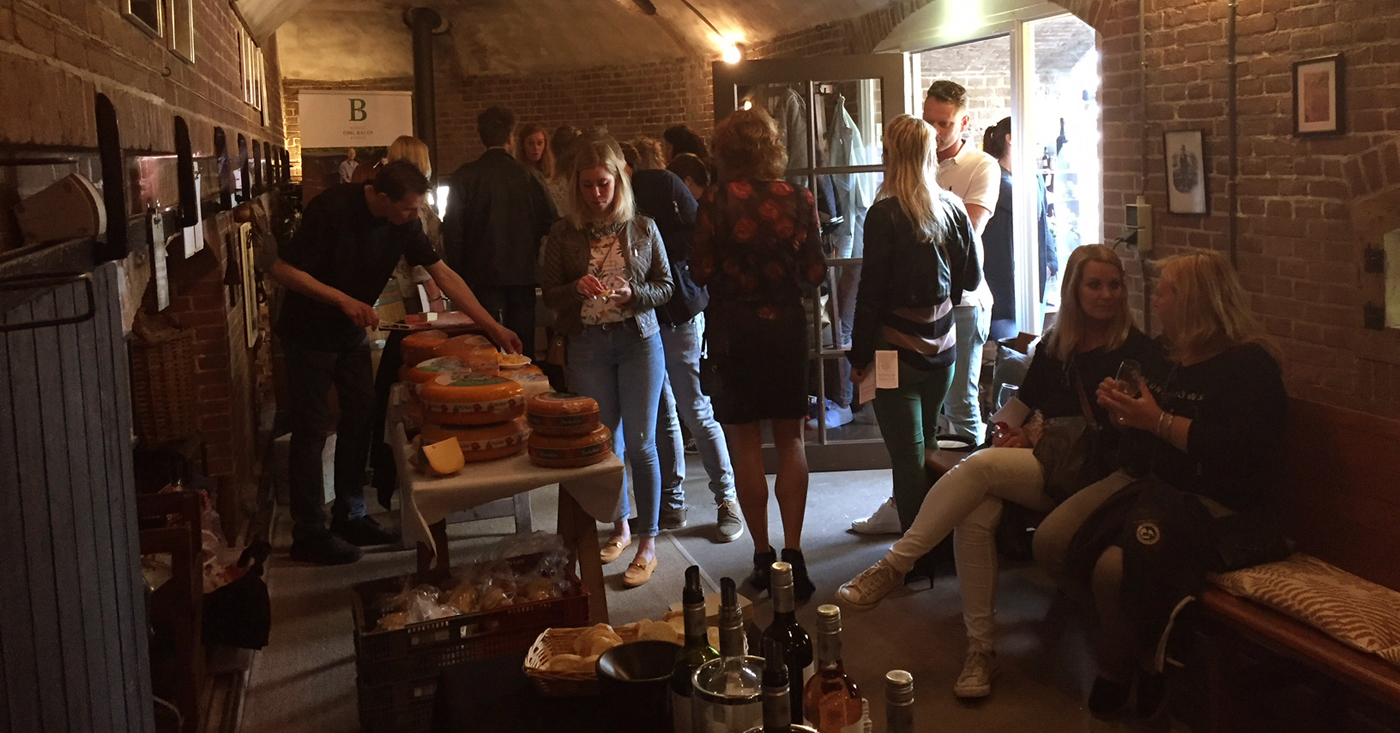 Voorjaarsproeverij in Gorinchem begint goed met Crémant d'Alsace van Dopff au Moulin