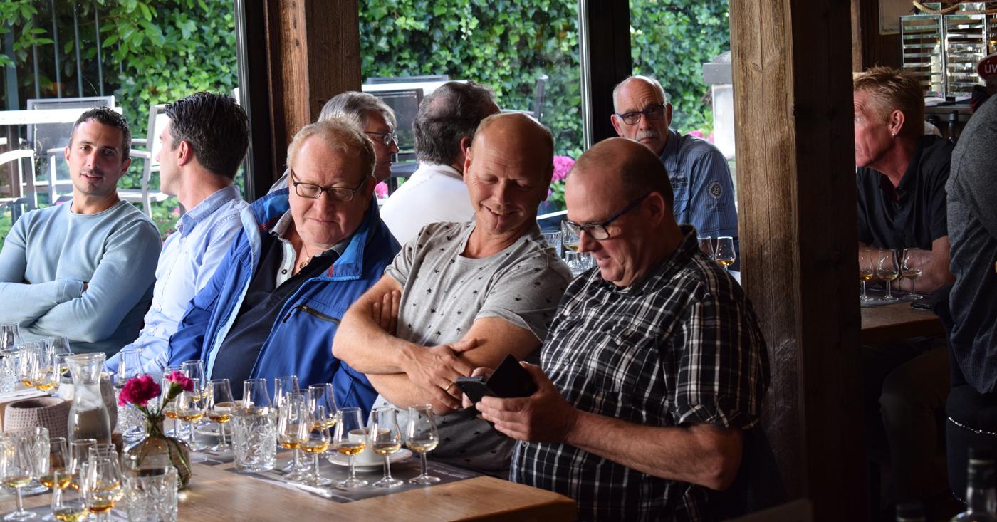 Rock Oyster met oesters wederom populair tijdens whiskyproeverij van topSlijter Breur in Oostvoorne