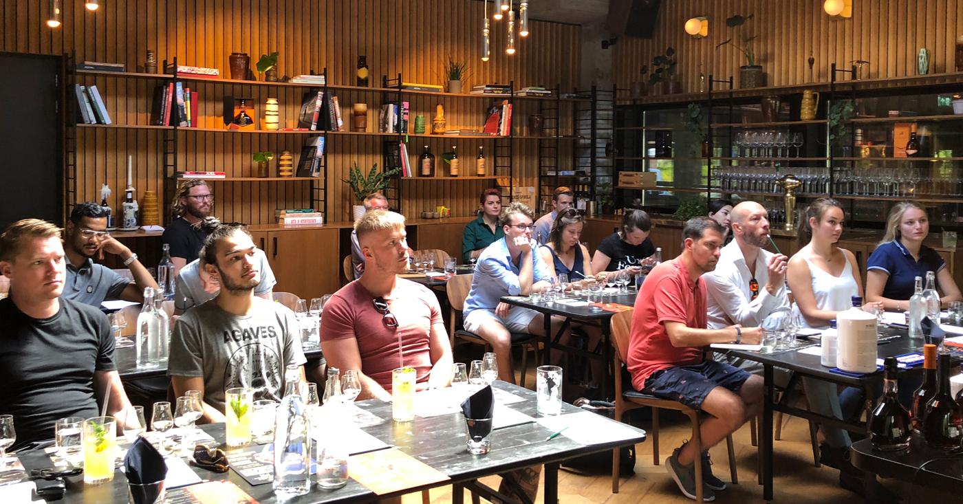 Amsterdamse cocktail scene in de ban van Osborne Spirits