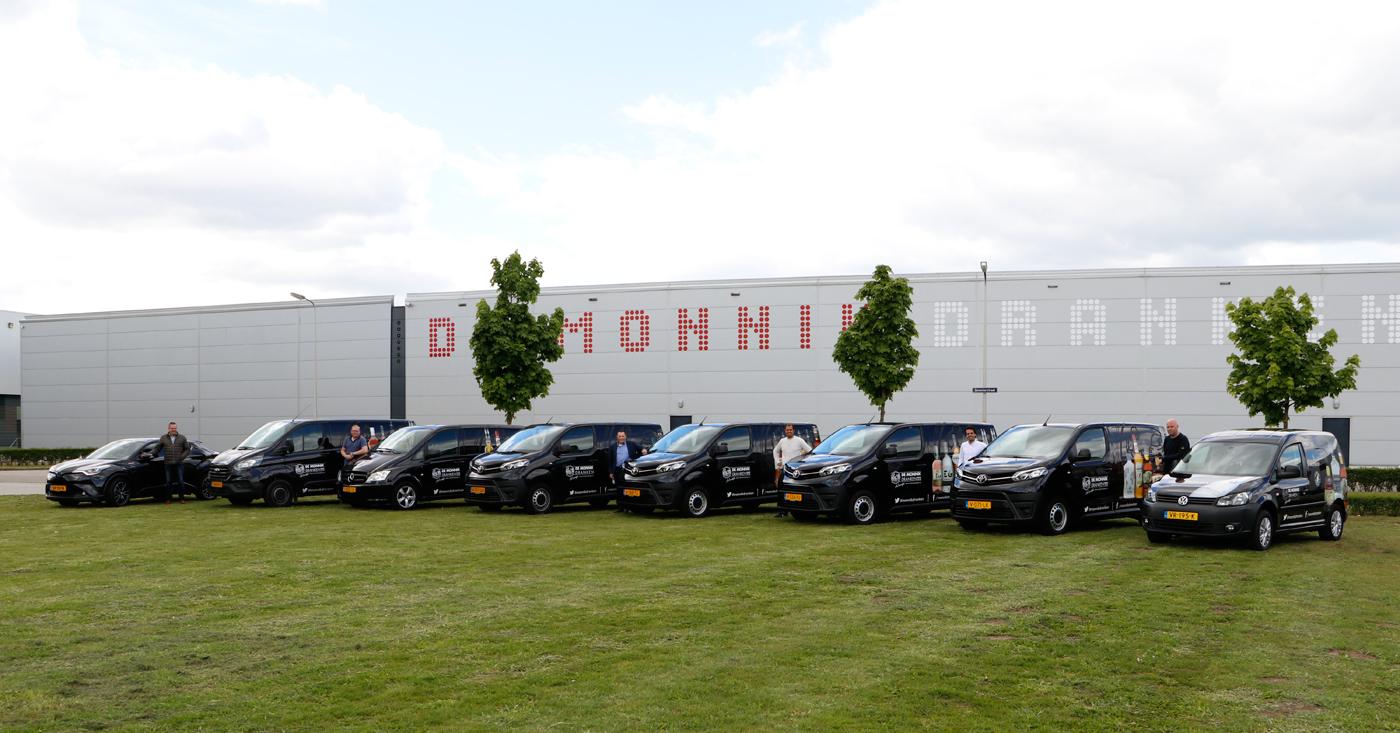 Horeca buitendienst en sales ambassadors met hun auto's