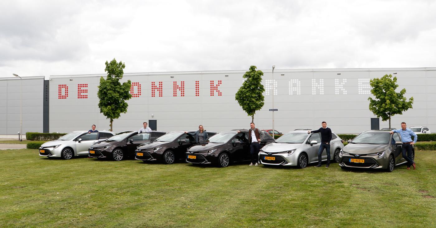 Nieuwe auto's buitendienst De Monnik Dranken