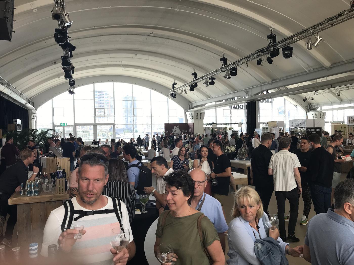 Gin Festival Rotterdam overzicht Cruise Terminal